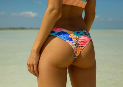 BGW_SWIM_S19_COASTALCHARM_Amaris_1